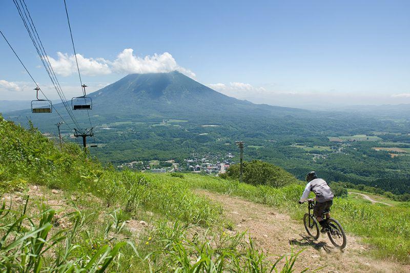 niseko mountains